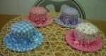 Alfiletero con forma de sombrero