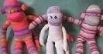 Original mono hecho con calcetines